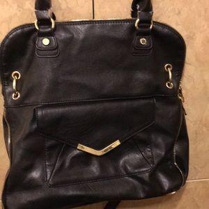 Handbags - Steve Madden bag 13 l 13 W beautiful
